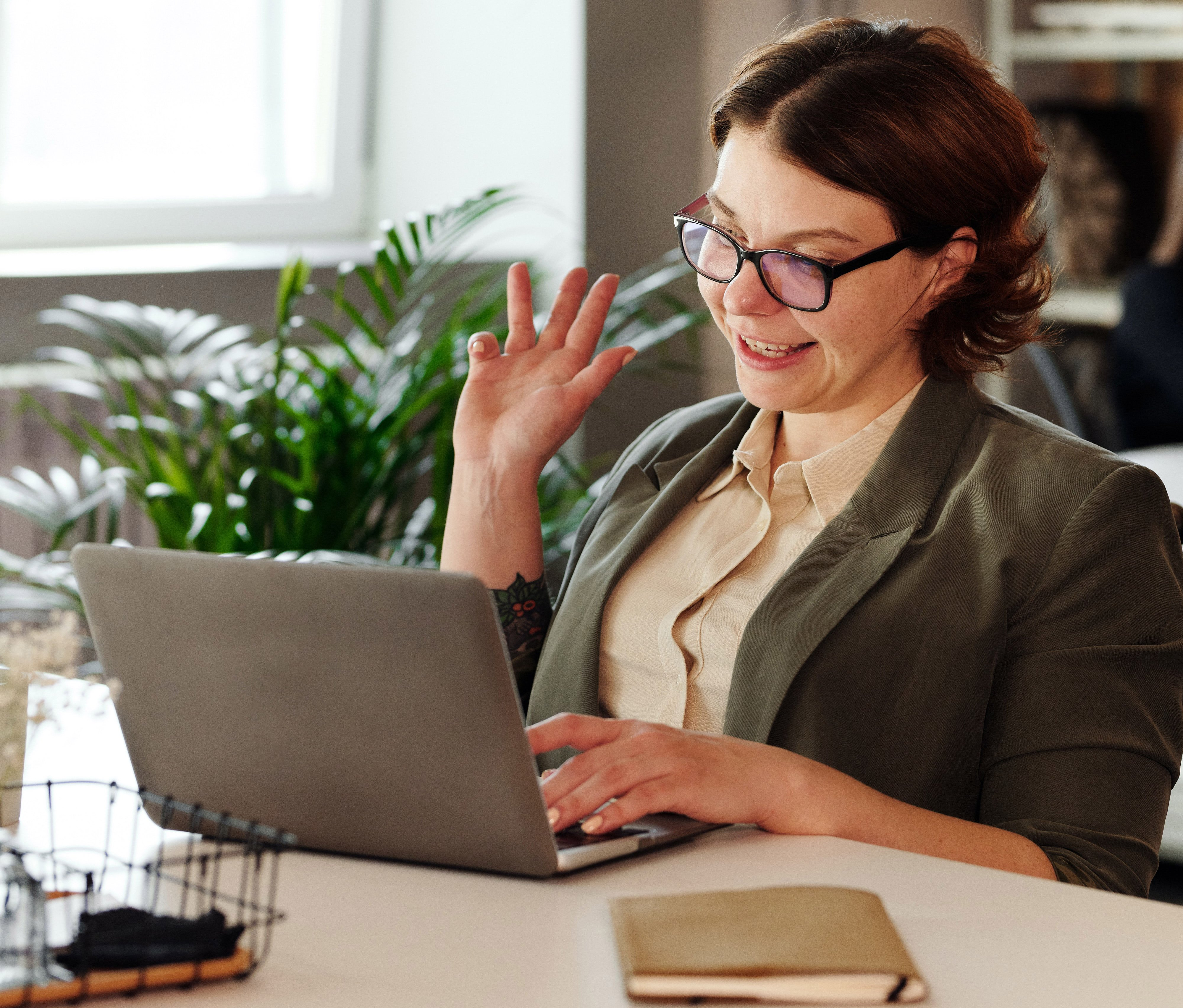 conducting a video remote interview successfully - body language in remote interviews